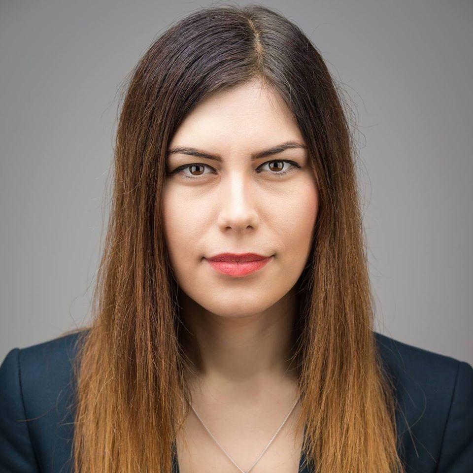 Înaintea alegerilor locale de duminică, 27 septembrie, Cristina Prună, vicepreședinte USR și deputat USR de București, transmite o scrisoare publică bucureștenilor în care îi îndeamnă să iasă la vot și să schimbe administrația dezastruoasă PSD. Dragi Bucureșteni,Capitala României este condusă de patru ani de o administrație locală sub care toate problemele cronice ale celui mai […]